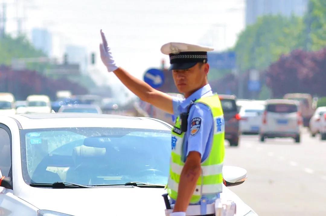 极端天气导致交管业务无法办理的,安阳交警不予处罚!